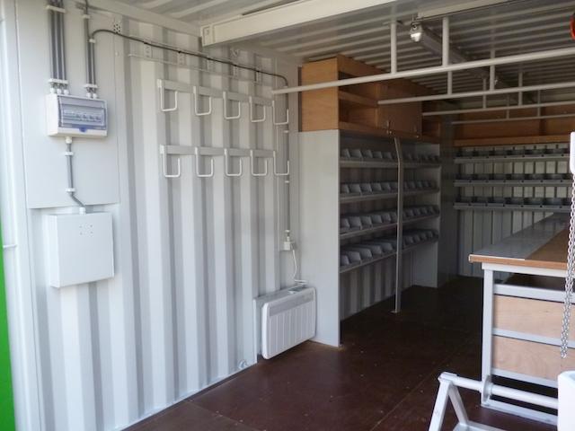 equipement container
